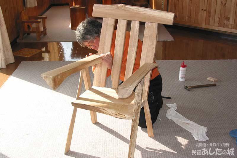 05一休み(椅子作り2) |  廃材で作る物置小屋