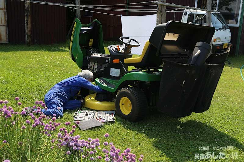 乗用芝刈り機が不調に!
