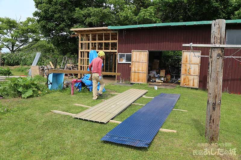 薪割り機小屋の進み具合