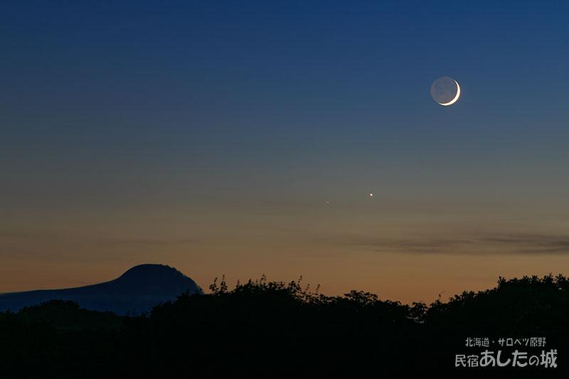 7月12日の月と金星、火星